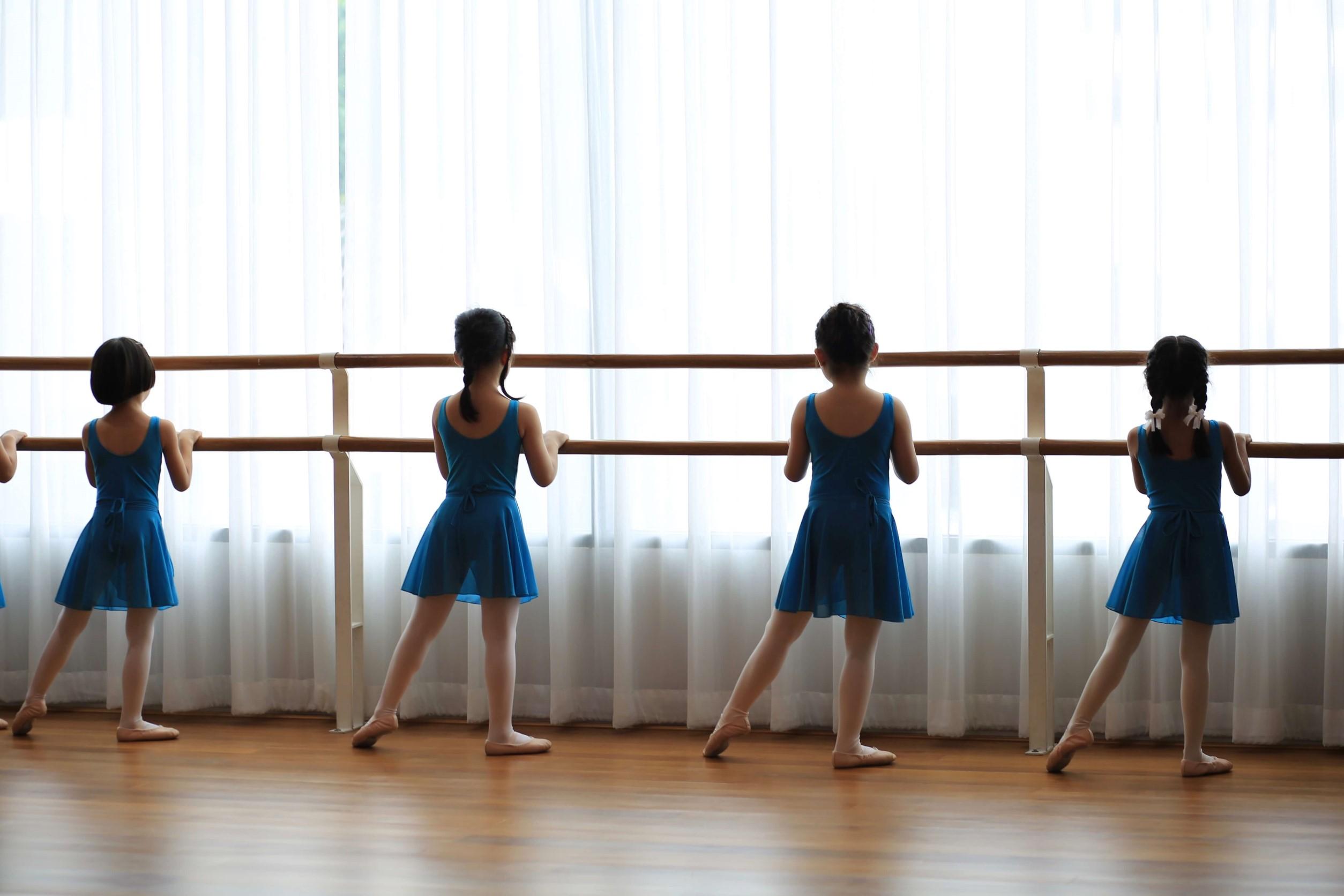 The Artists Dance Studio ballet for kids adult ballet dance yoga BTS punnavithi studio class